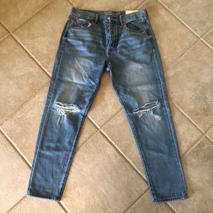Brand New American Eagle Girlfriend Jeans